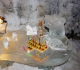 Dishes of ice bar